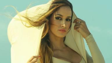 Scene and Heard : Hojas Amarillas – Stephania Sanquiz ft. Noemi Smorra